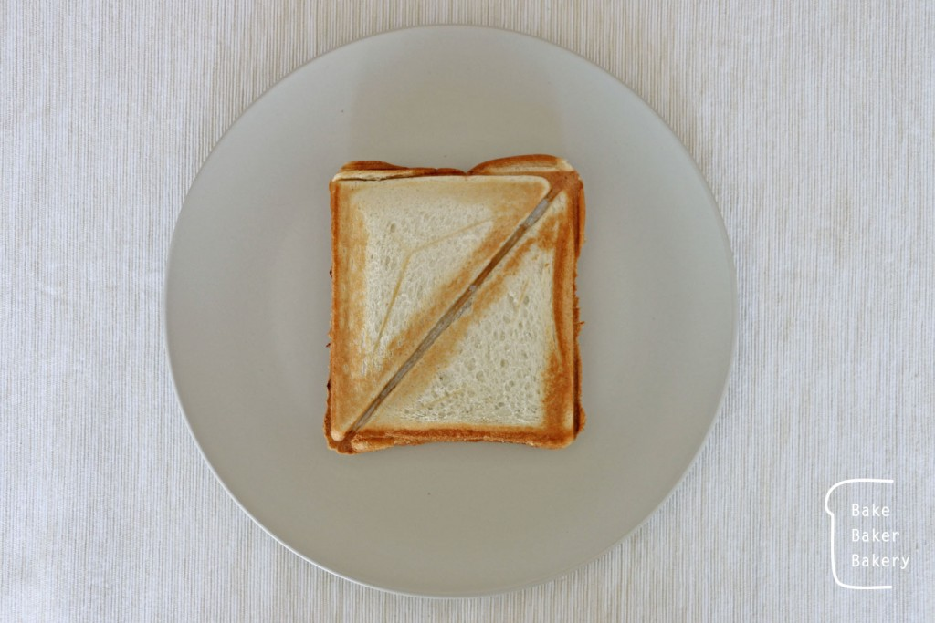 お餅サンドトースト